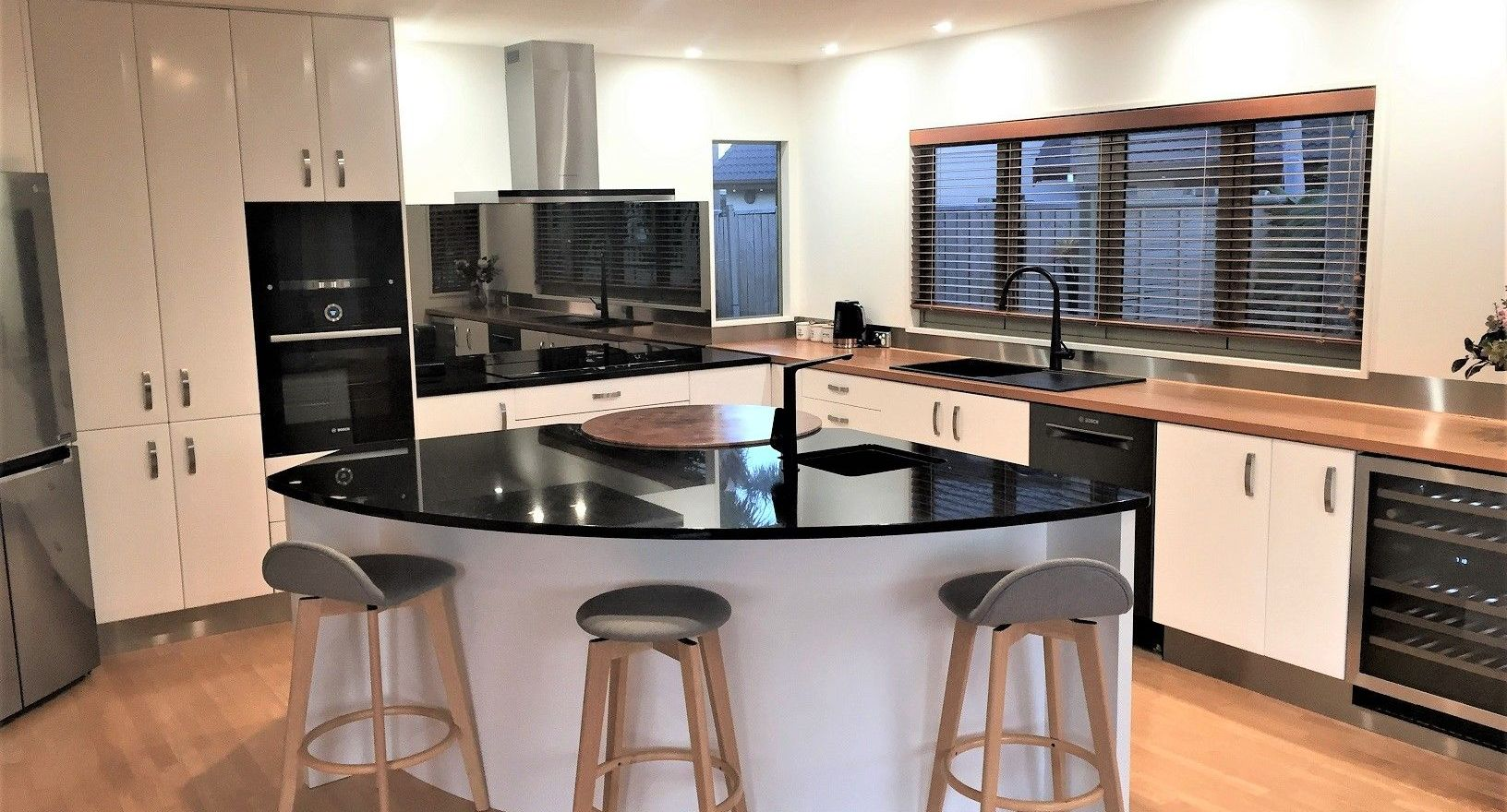 DONT REPLACE YOUR KITCHEN<br>MAKE IT OVER If your kitchen is functional, why re-design or replace it?